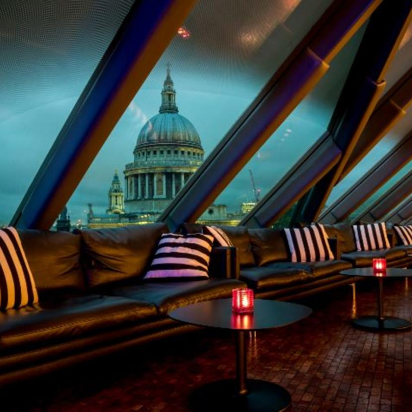 Madison's Rooftop Bar overlooking St Paul's Cathedral